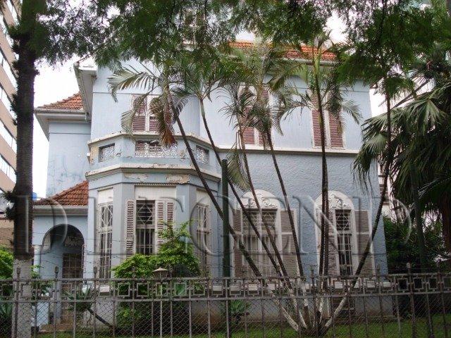 CASARÃO ESQUINA AV 24 DE OUTUBRO - Rua Mariante, 16 - Rio Branco - Porto Alegre