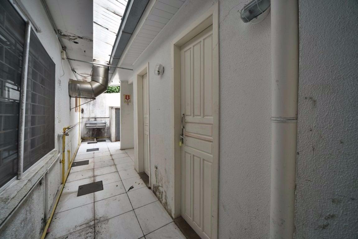 LOJA EM PONTO EXCELENTE E FÁCIL DE ESTACIONAR - Rua Tenente-Coronel Fabricio Pilar, 822 - Mont Serrat - Porto Alegre