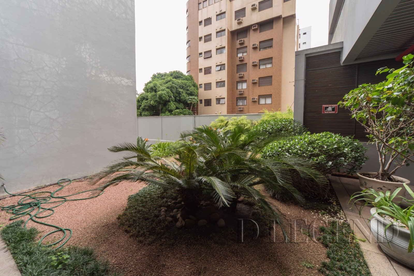 Antares Center - Avenida Carlos Gomes, 141 - Auxiliadora - Porto Alegre
