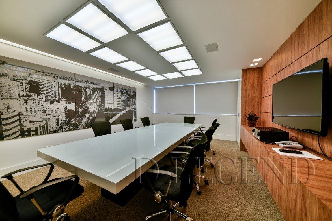 Platinum Tower Conjuntos - Avenida Carlos Gomes, 700 - Auxiliadora - PORTO ALEGRE