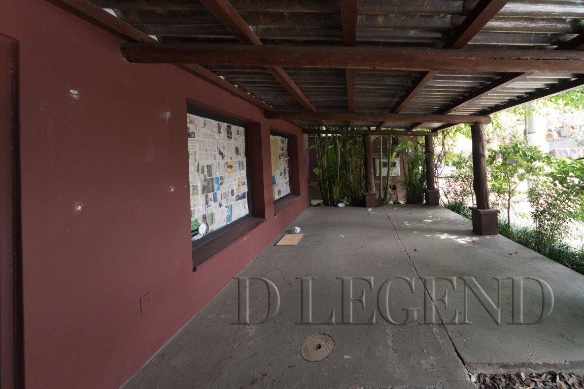 CASA PRONTA, É SO ENTRAR E COMEÇAR A TRABALHAR - Rua General Couto de Magalhaes, 1195 - São João - Porto Alegre