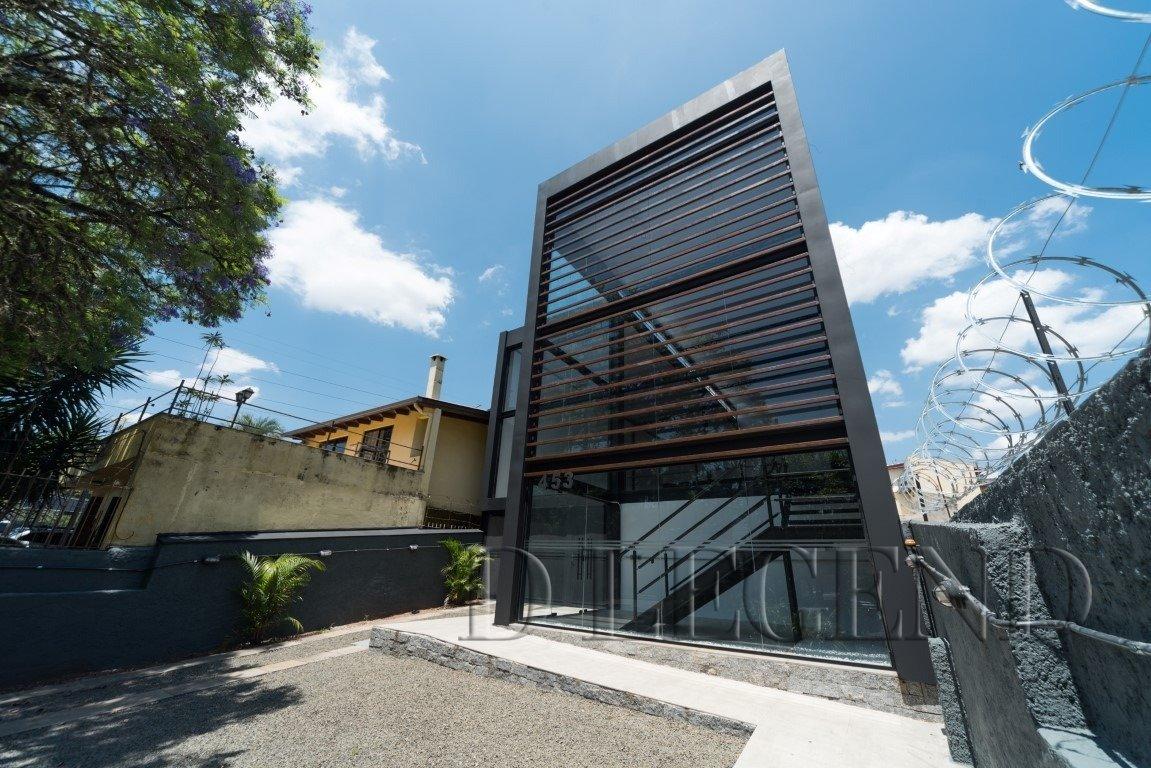 SUA SEDE DE EMPRESA EM ESTILO CONTEMPORÂNEO - Rua Verissimo Rosa, 453 - Partenon - Porto Alegre