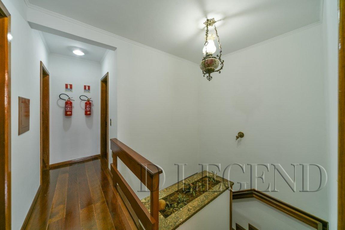 CASA IDEAL PARA SEDE DE EMPRESA - Rua Buarque de Macedo, 947 - São João - Porto Alegre