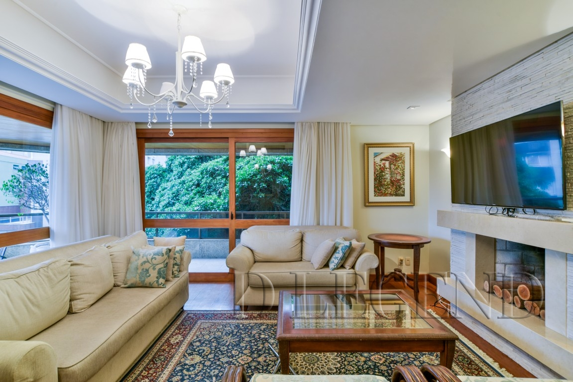 Um apartamento por andar, mobiliado e decorado! - Rua Pedro Weingartner, 125 - Rio Branco - Porto Alegre
